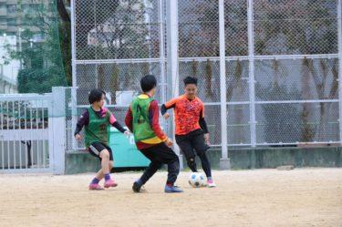 CP神戸のGK練習は、元なでしこリーガーの監督によるシュート練習です。